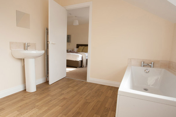 Banbury lodge bathroom